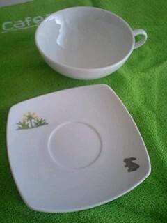 『うさぎ』と 『うつわ』ギャラリーカフェのティーカップ&ソーサー